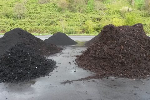 feine und grobe Kompostbestandteile